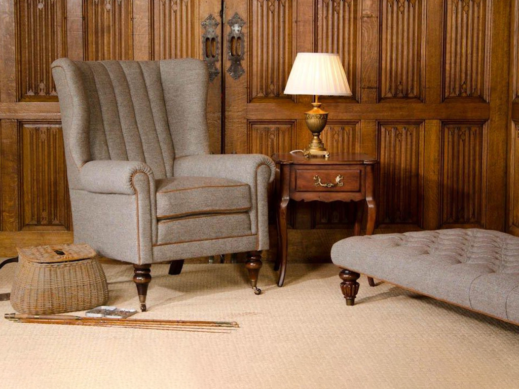 trad_dunmore_accent_chair